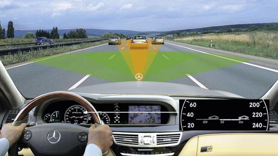 Merecedes-Auto-emergency-braking